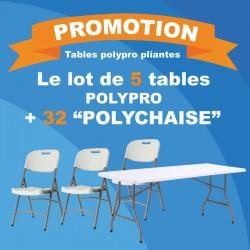 5 tables pliantes en polypro avec 32 Polychaises confortables.